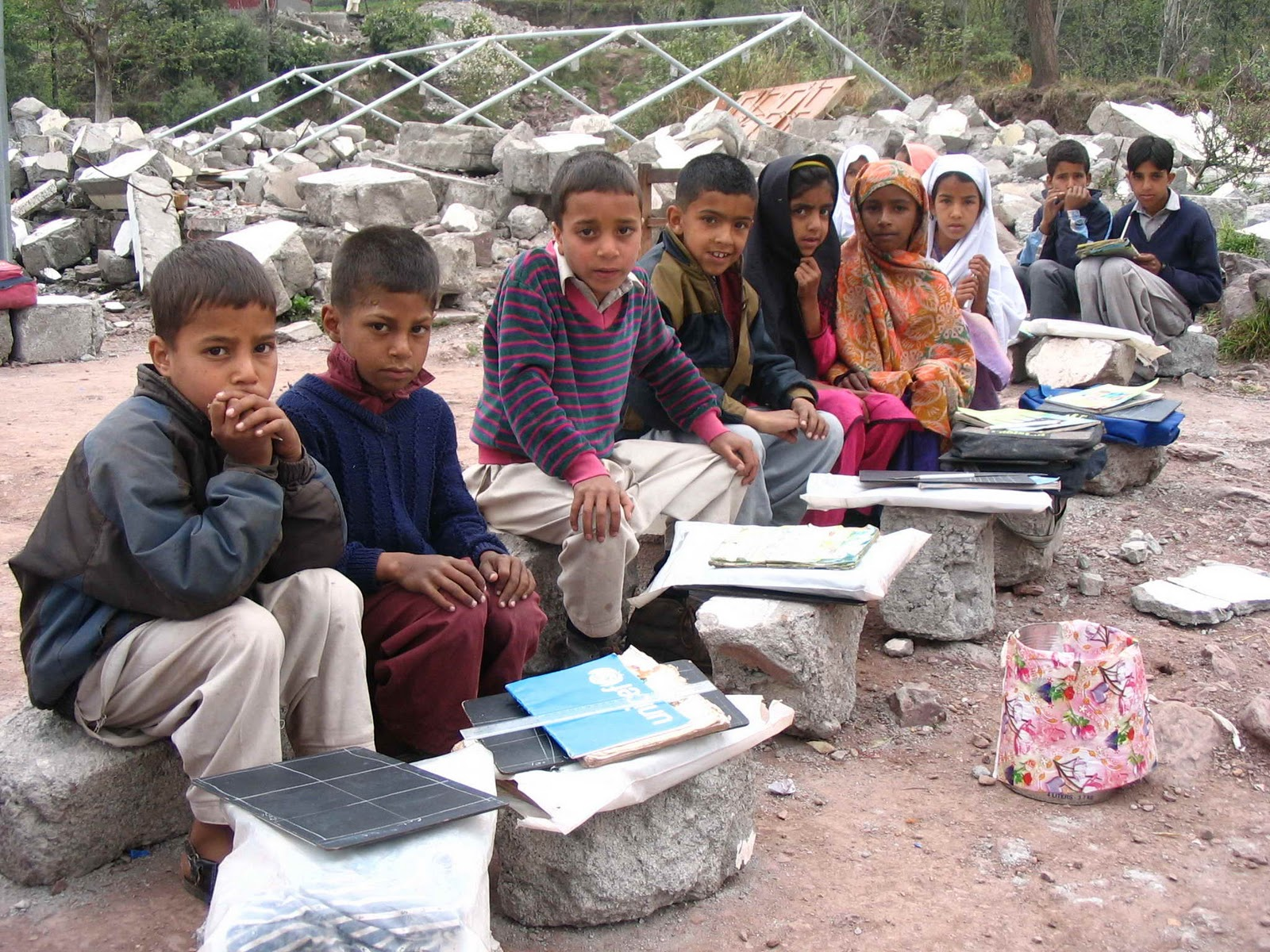 Essay on education problems in pakistan