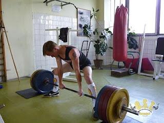 Daniel Pianka - mrtvý tah 205kg