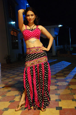 Spicy Hot Actress Gowri Pandit New Hot Poses From Gowri Pandit wallpapers