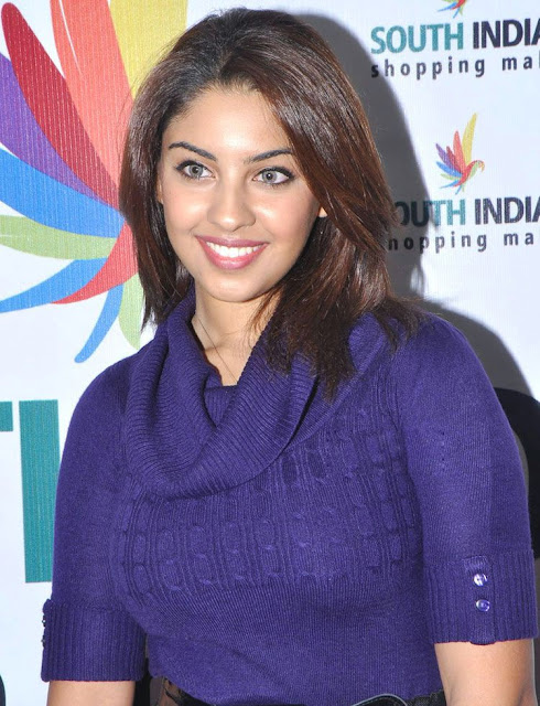 Tollywood Actress Richa Gangopadhyay New Pics Gallery Photoshoot images
