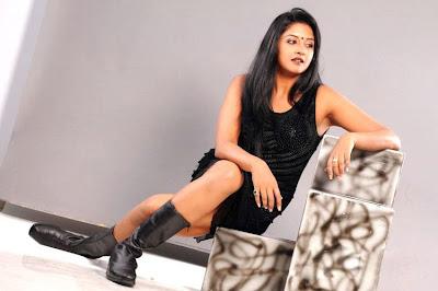 Vimala Raman New Hot Photoshoot gallery navel show
