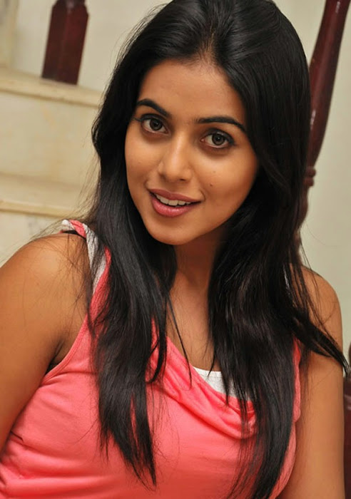 poorna new n hot images
