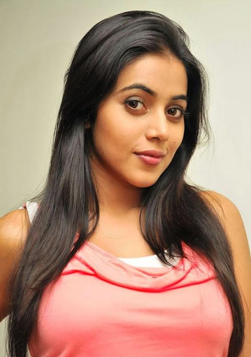 poorna new n actress pics