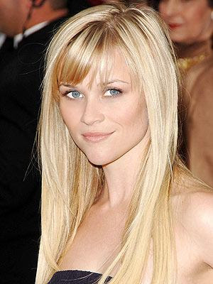 Reece Witherspoon Hairstyle. Reese Witherspoon wearing a