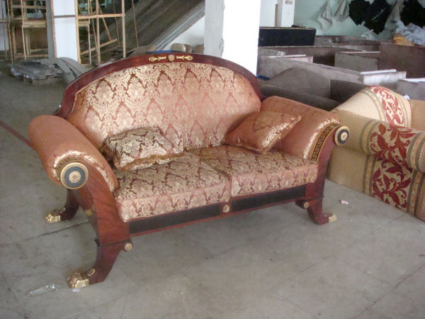 [empire-two-seat-sofa.JPG]
