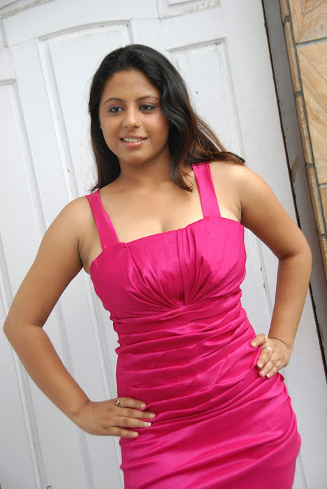 sunakshi exposing shoot actress pics