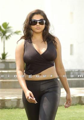 Namitha, Namitha nipple, Namitha nip slip, Namitha nipple visible, Namitha glamour nipple