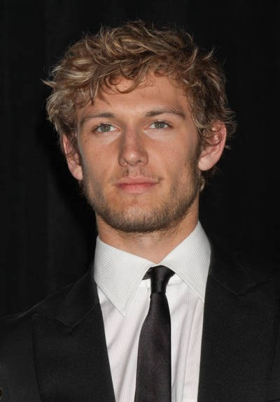dianna agron and alex pettyfer 2011. In romance,dianna agron cahill
