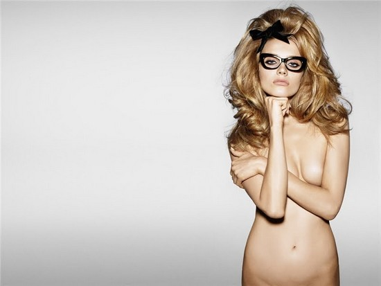 Tom Ford Eyewear advertising 09/10. Model: Anna Maria Jagodzinska