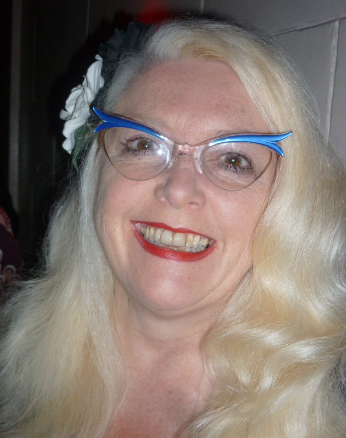 Sparkle Moore wears vintage 1950s cat's eyes glasses