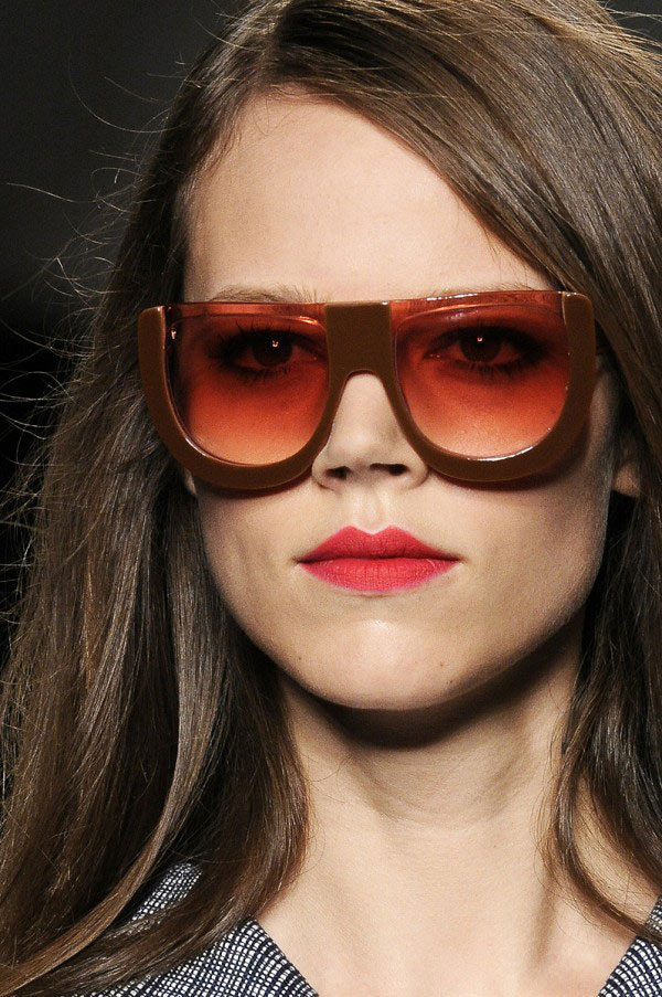 Ewe year glasses - Fendi 2011 sunglasses