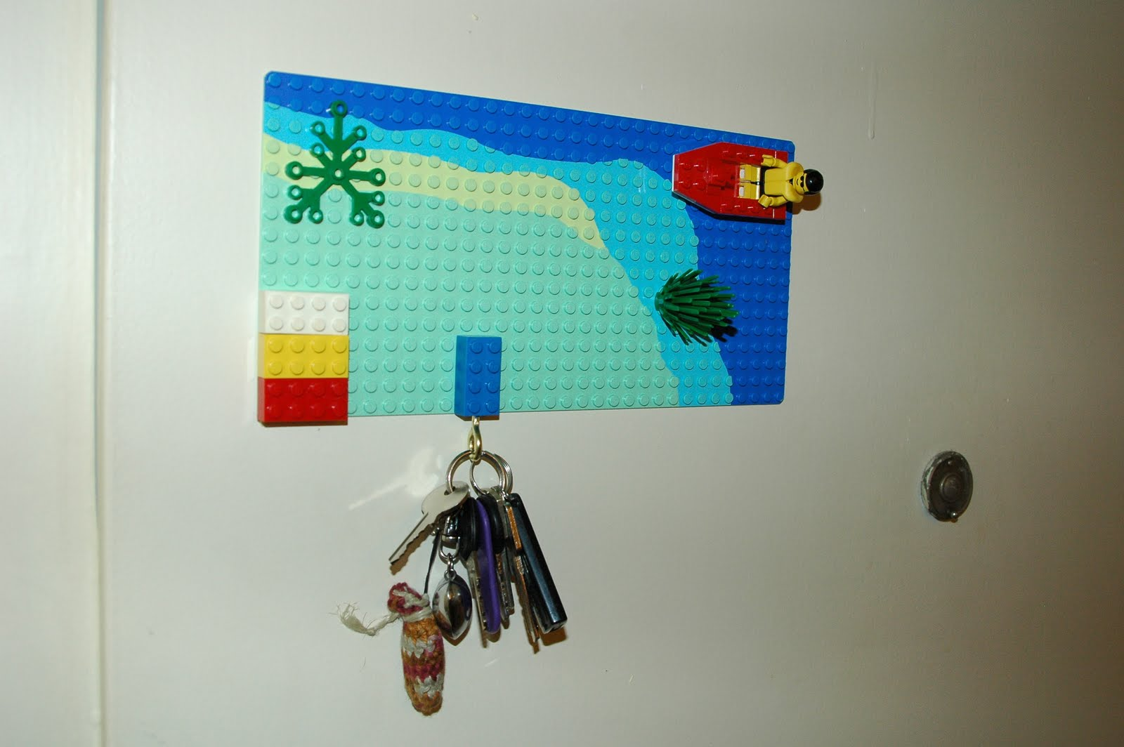 cologniart: selfmade lego-schlüsselbrett