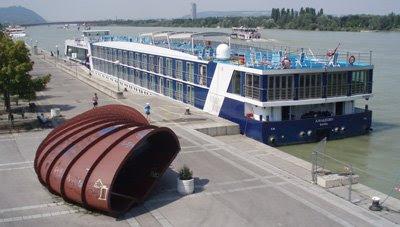 Donau cruise ship