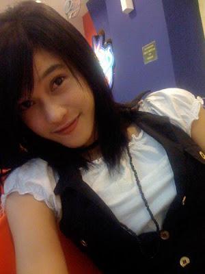 Koleksi Foto Cewek Cantik,hot,imut,amazing Girl,foto Profil Fb,dll [ www.BlogApaAja.com ]