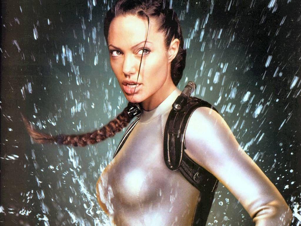 http://4.bp.blogspot.com/_cWcuJM9QIG4/TEFNzNkIQ3I/AAAAAAAACKY/59iwz_FA9LI/s1600/Angelina_Jolie%2Bnew%2Bhot%2Bsexy%2Bbikini%2Bdownload+bv.jpg