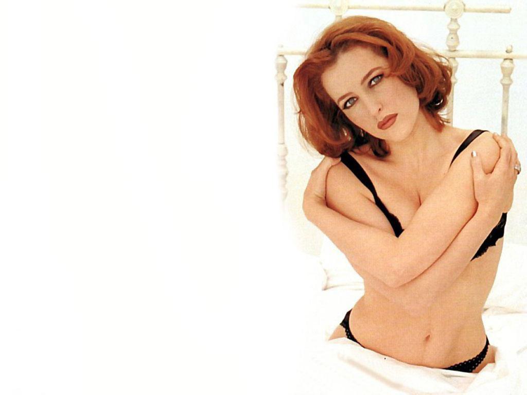 Label: Gillian Anderson
