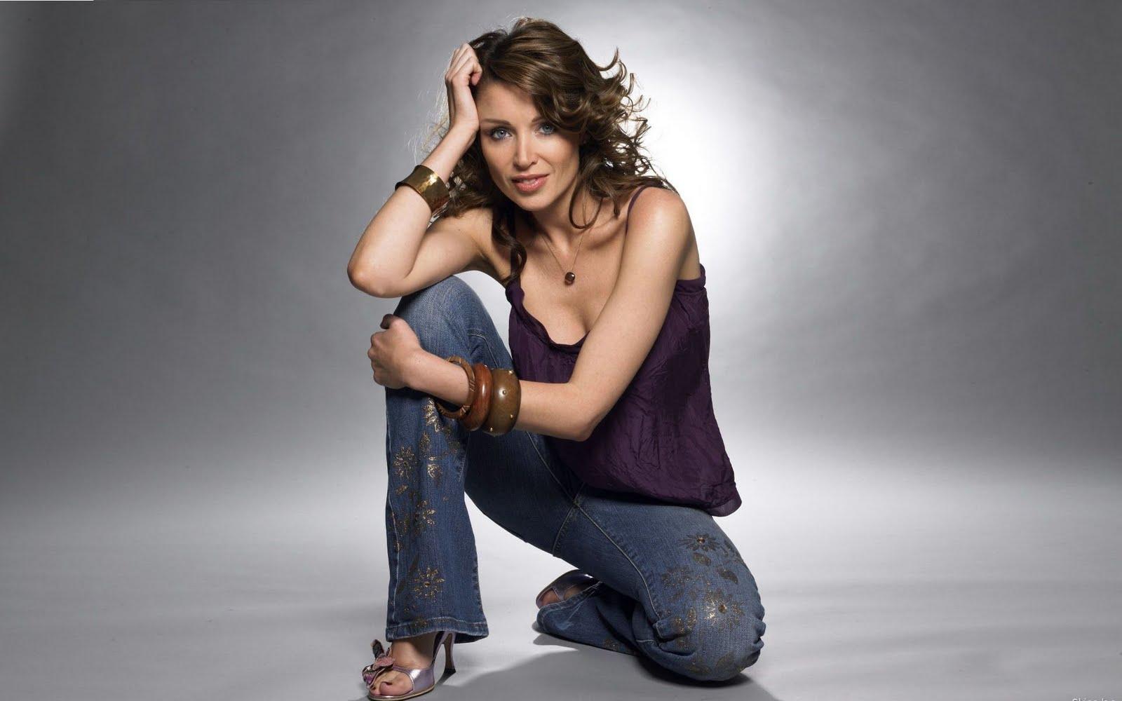 http://4.bp.blogspot.com/_cZuaghvCasw/TAdg0UgF6AI/AAAAAAAAGCY/pPU4JK3hKSU/s1600/Dannii-Minogue.jpg