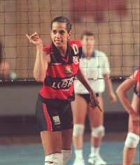 [Virna+com+a+camisa+do+time+de+volei+do+Flamengo..jpg]