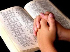 Tua Palavra é Lâmpada para os meus pés...