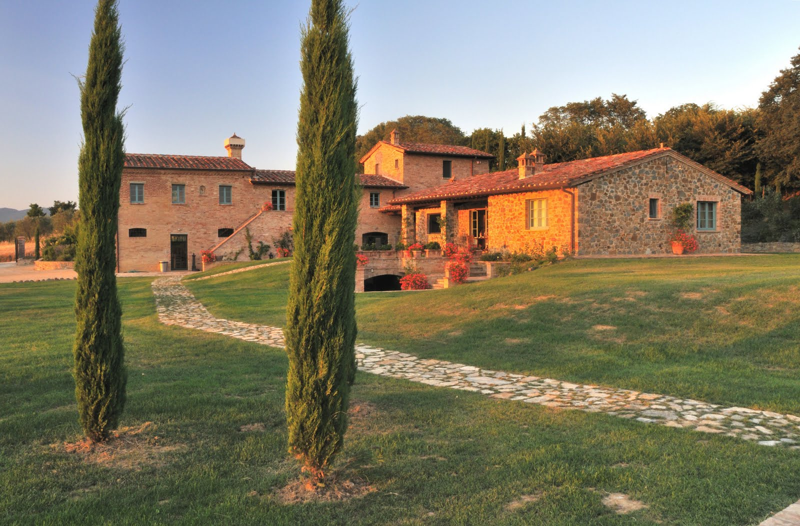 Ldpr all the news spend thanksgiving in tuscany with for Tuscany villas