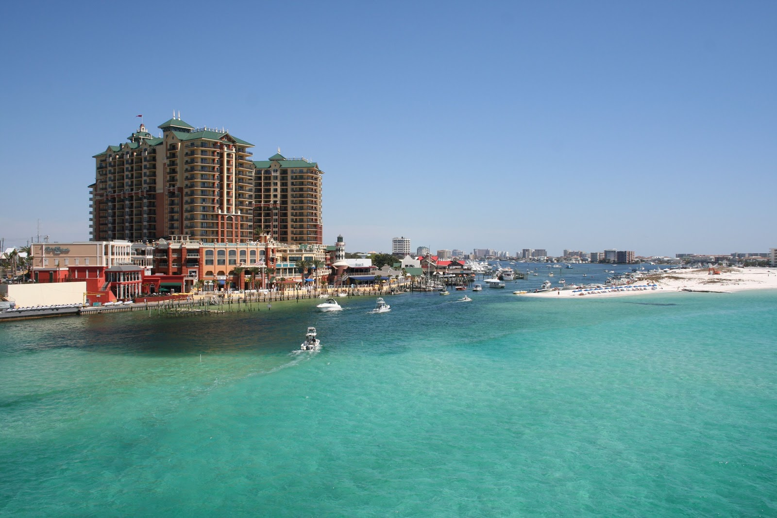 destin a philosophy Seaside is an unincorporated master-planned community on the florida panhandle in walton county, between panama city beach and destin one of the first communities in america designed on the principles of new urbanism,.