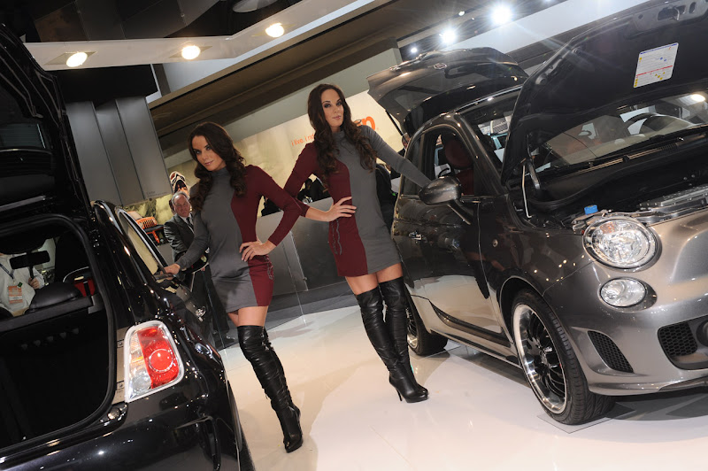 Beautiful Ladies of the Detroit Auto Show
