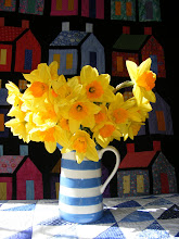 Daffodils make me smile