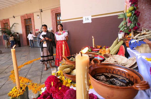 DIF municipal de San Pedro Cholula comprometido con las tradiciones