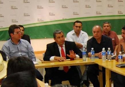 Gobierno del Estado y municipios unen esfuerzos en la solución problemas