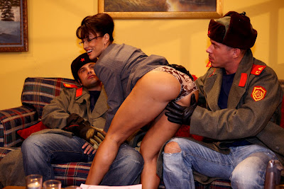 http://4.bp.blogspot.com/_cdssQZkeskc/SPPrWhugXWI/AAAAAAAAAZw/XvtuKjNhmu8/s400/lisa-ann-01.jpg