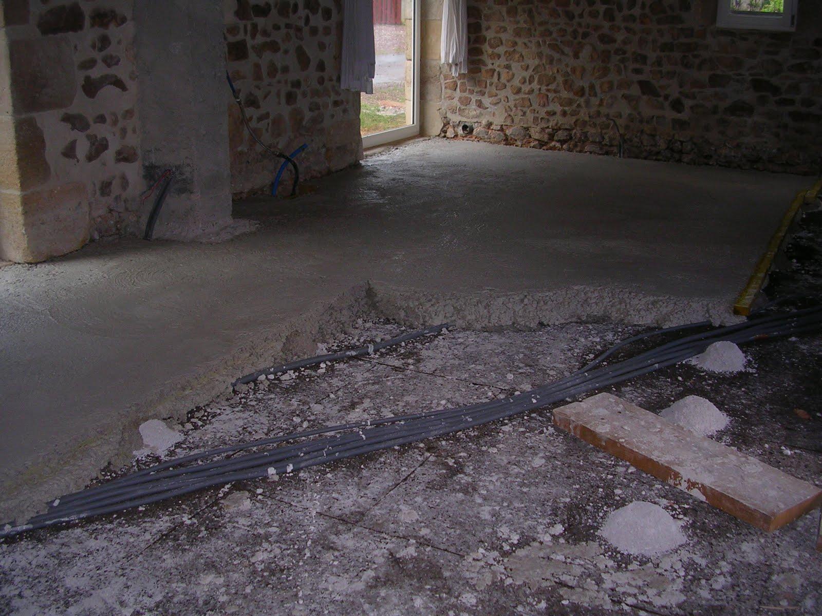 La grange du pain chaud r alisation de la dalle de chaux - Temps de sechage dalle beton pour marcher dessus ...