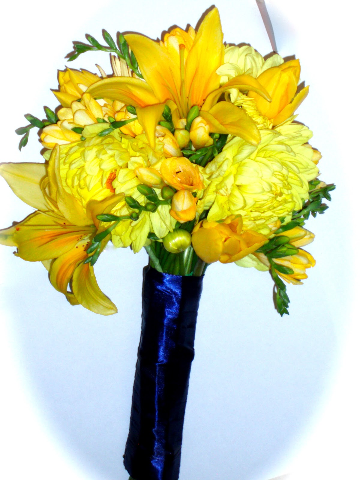 The Flower Girl Blog: yellow and navy blue wedding