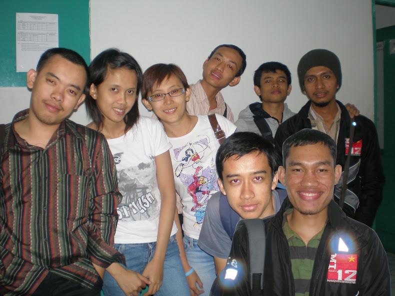 kelompok pertama