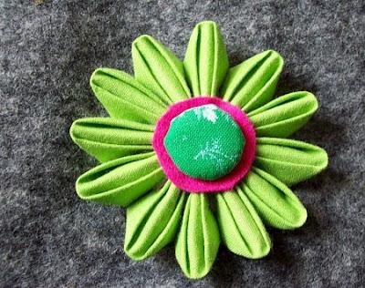 Kanzashi hellgrün