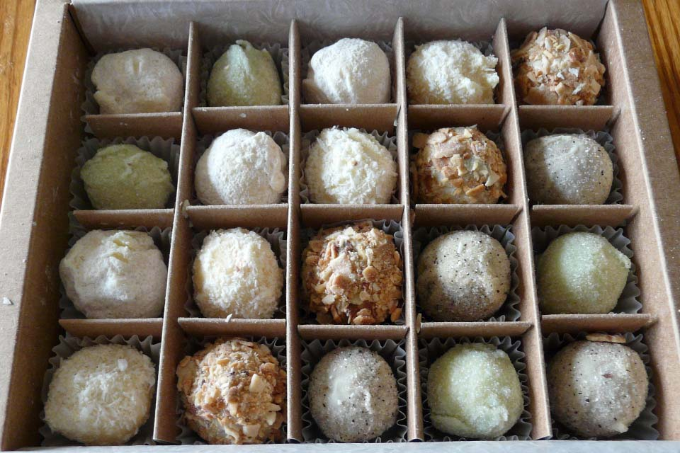 Cocoa mountain good food shops for White chocolate truffles recipe uk