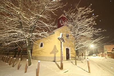 pilisvorosvar-daily-photo-erdei-chapel