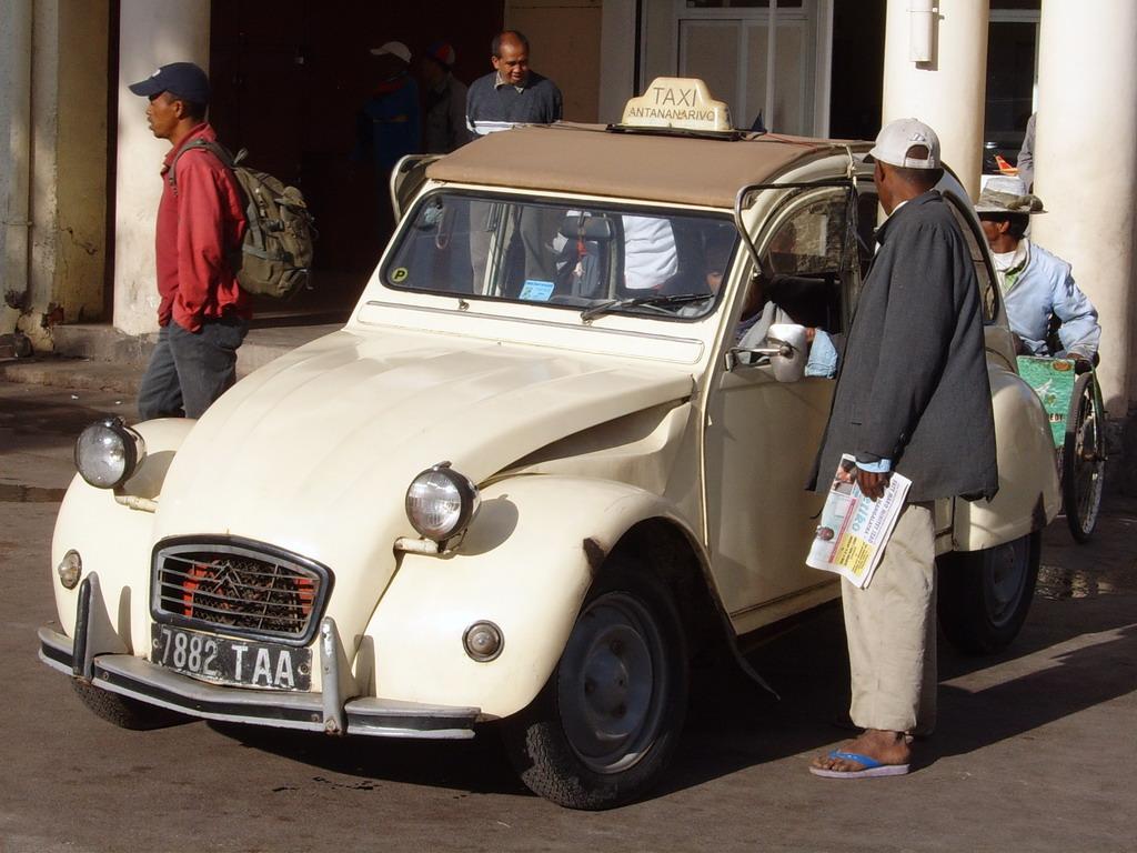 La vie à Madagascar Mada+(967)