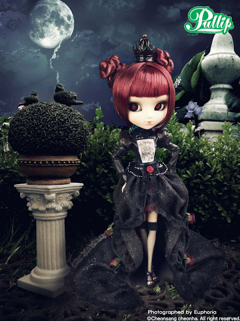 Liste des Pullip 2008 > 2012 Lunatic+Queen8