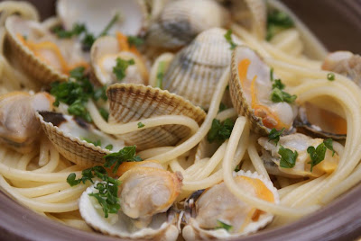 la cuisine d alba p 226 tes aux coques spaghetti alle vongole