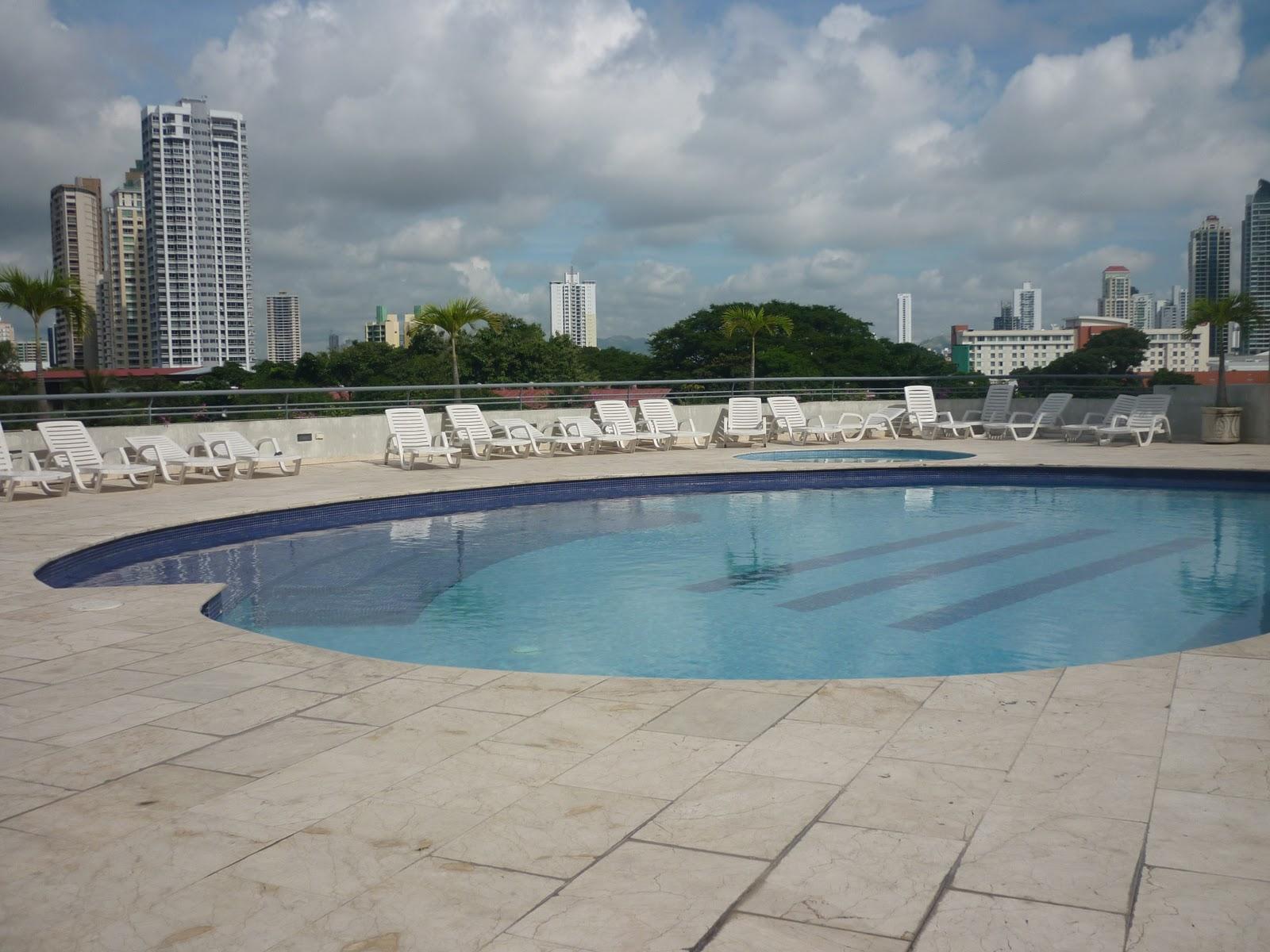 Apartamento panama fotos piscina gimnasio y zona de juegos for Piscina gimnasio