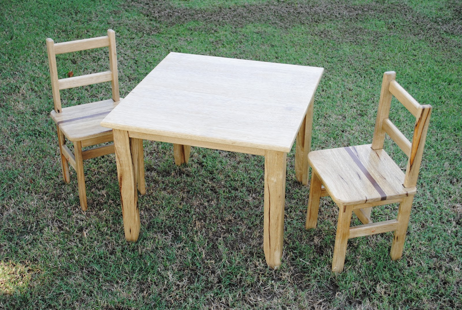 First Light Woodworking - Unplugged: Child's Table and Chairs
