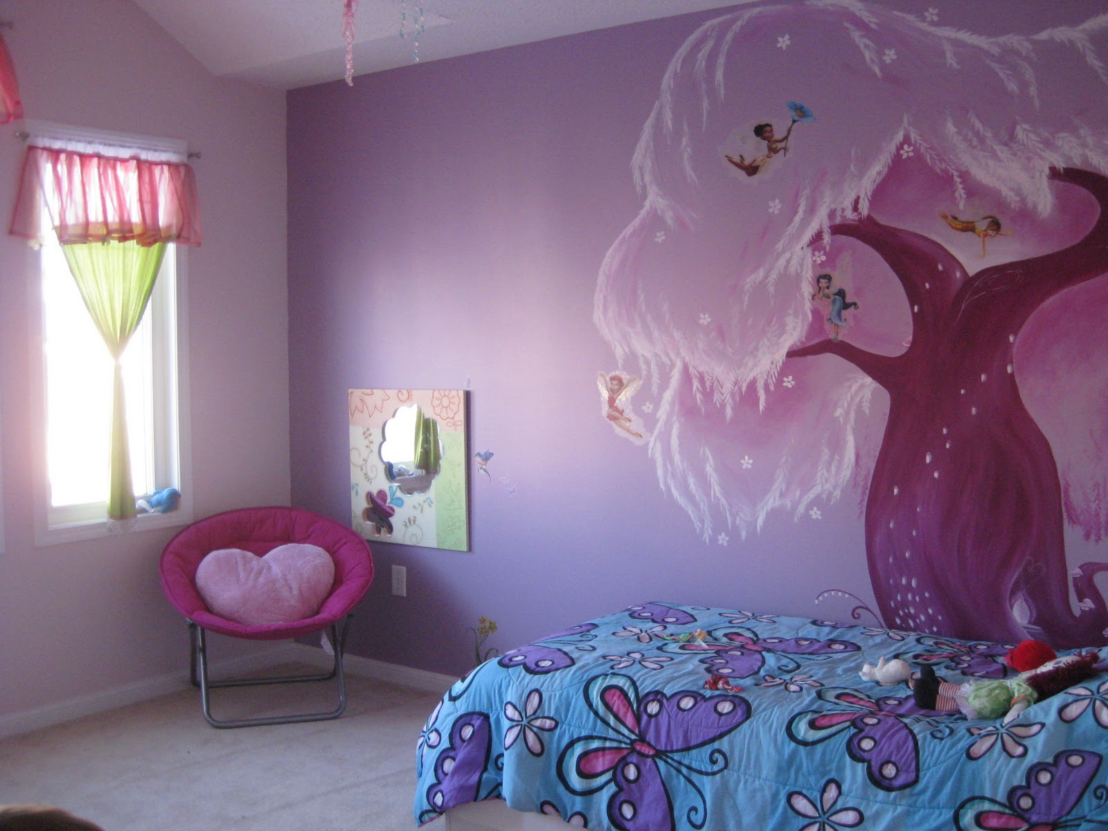 Disney fairies bedroom amelie s bedroom girls bedroom for Disney tinkerbell mural