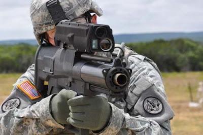 Peluncur Granat XM 25 Senjata Senjata Penghancur Tercanggih di Dunia
