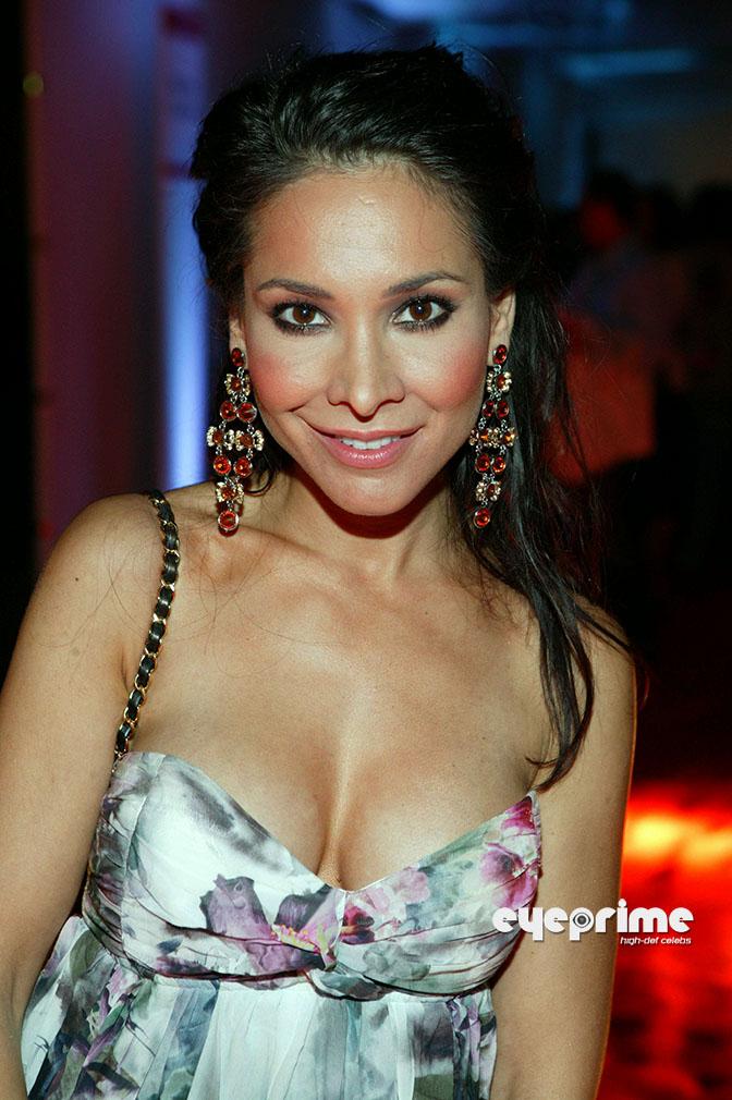 Sandra ahrabian bikini