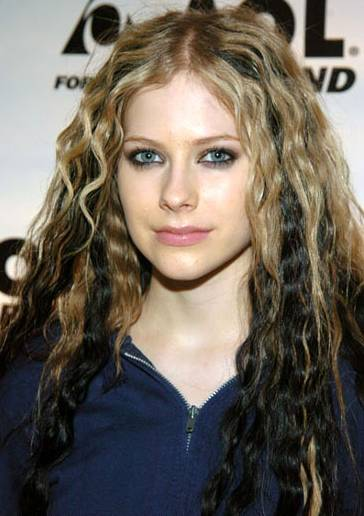 Celebrities hairstyles Avril Lavigne