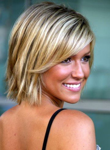 black short hairstyle with blunt bangs cute short blonde hairstyle for girls