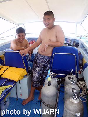 นักดำน้ำ
