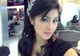 Foto Artika Sari Dewi Seksi