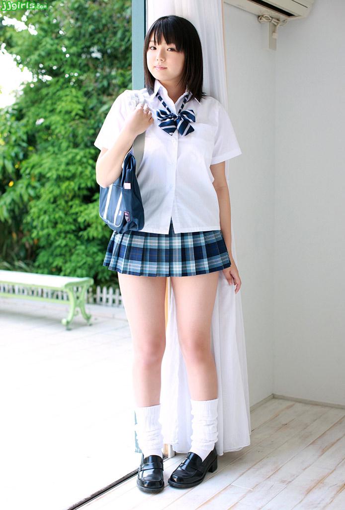 http://4.bp.blogspot.com/_cq8jM_fJ6OQ/SwpMKUdONvI/AAAAAAAACjE/pWaD37vS-xU/s1600/ai-shinozaki-7.jpg
