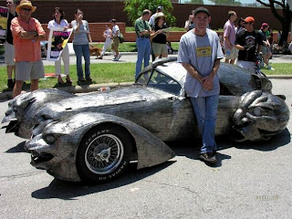 creative modified car art